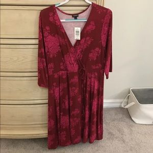 Torrid Wrap Dress Burgundy and Pink Size 1X